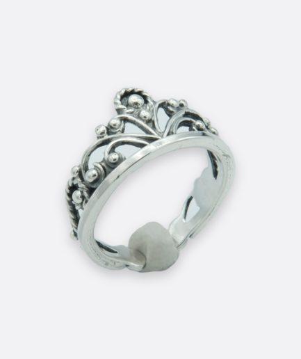anillo corona reina realizado en plata con la técnica de la filigrana. joyas de autor hecha a mano.