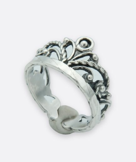 anillo filigrana en plata de ley con forma de corona. hecho a mano., joyería artesanal gallega.
