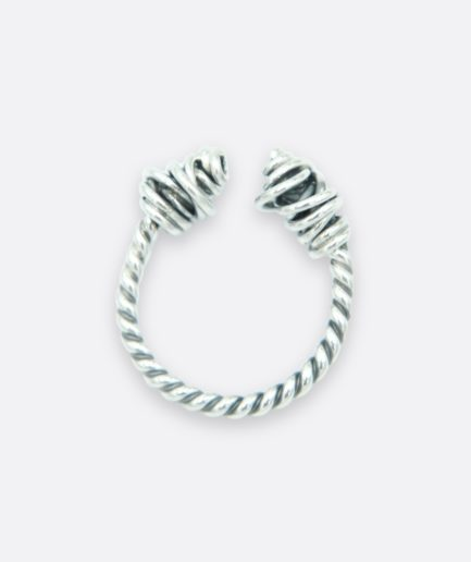 anillo tipo torque terminado en dos nudos hilados a mano. joyas de autor. pieza única.