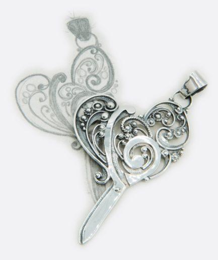 colgante personalizado con forma de tijeras de sastre y filigrana de plata de ley